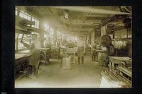 Men at work, C.S. Mersick and Company, New Haven